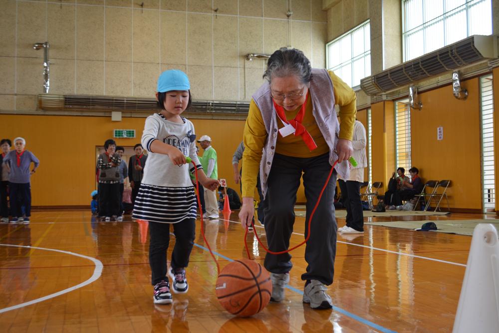 高齢者と子供の集い