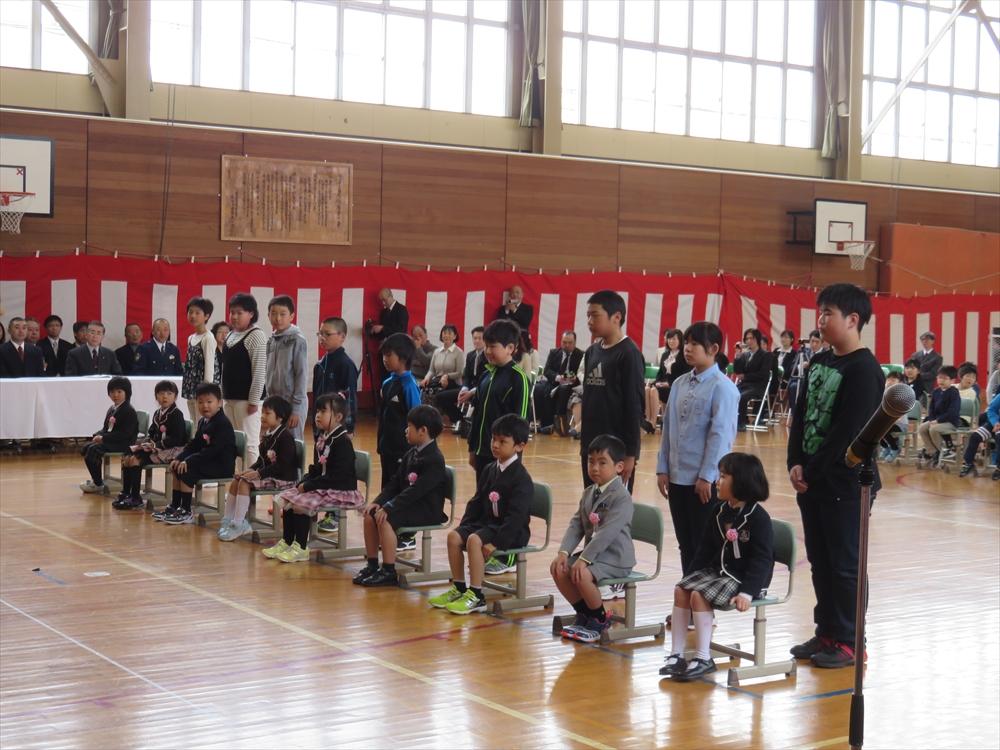 2017瀬棚小学校入学式1