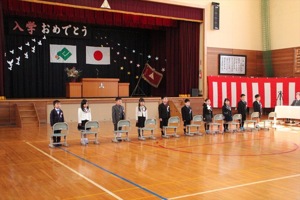 H28瀬棚小学校入学式2