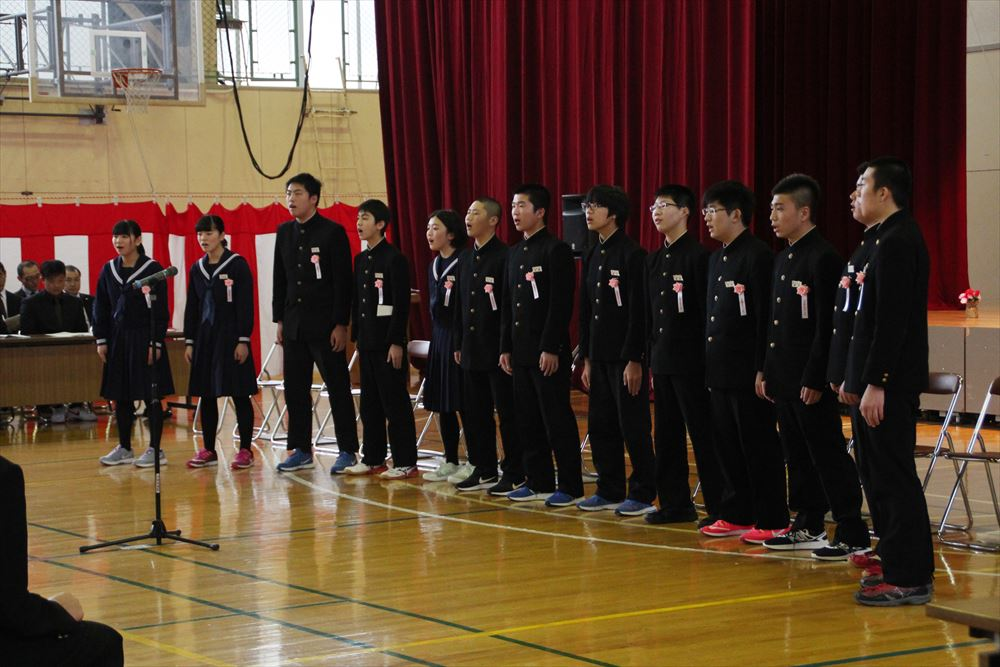 大成中学校卒業式02